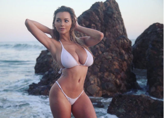 Lindsey Pelas Fitness Playbody Model Photos Pics