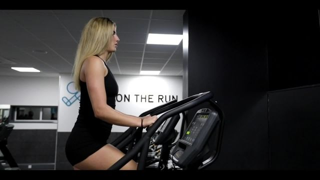 SEXY LEGGY fitness model works out hard in creepy gym