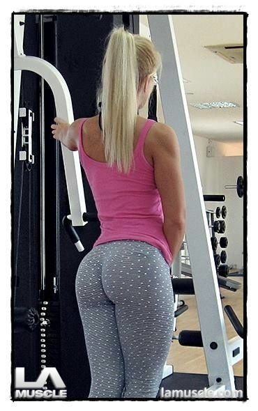 Extreme Yoga Pants Pics They Wanted Banned The Sexy