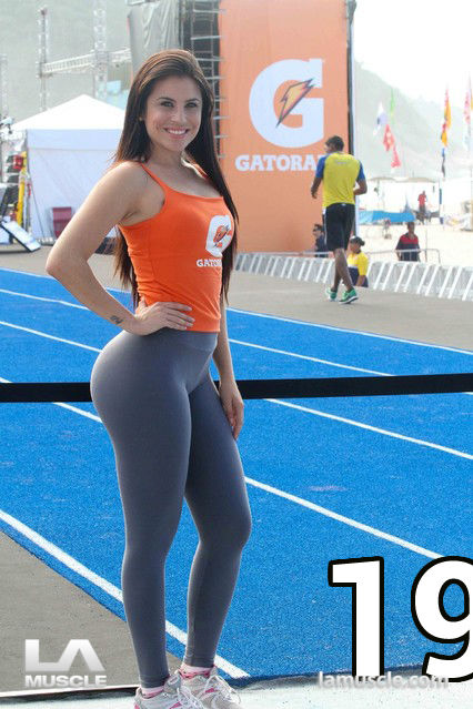 Top 20 best yoga pants & tight gym leggings photos