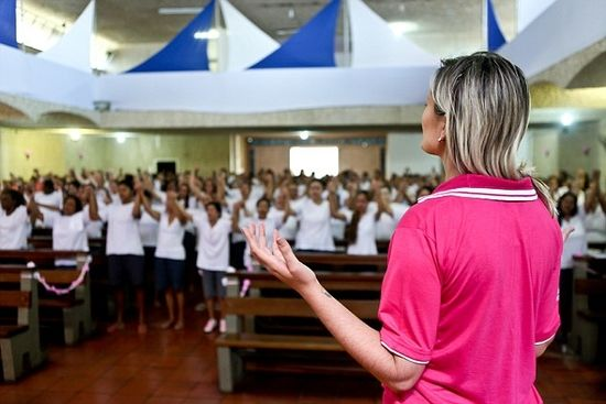 Andressa Urach now, showing the way of god to the masses