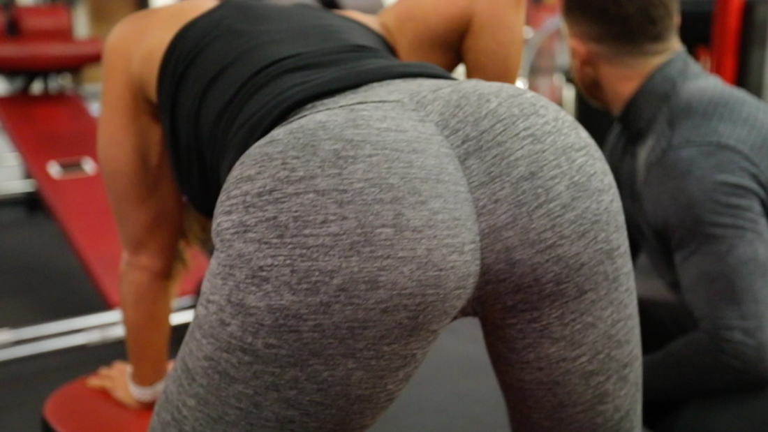 HOT BOOTY training with SEXY babes