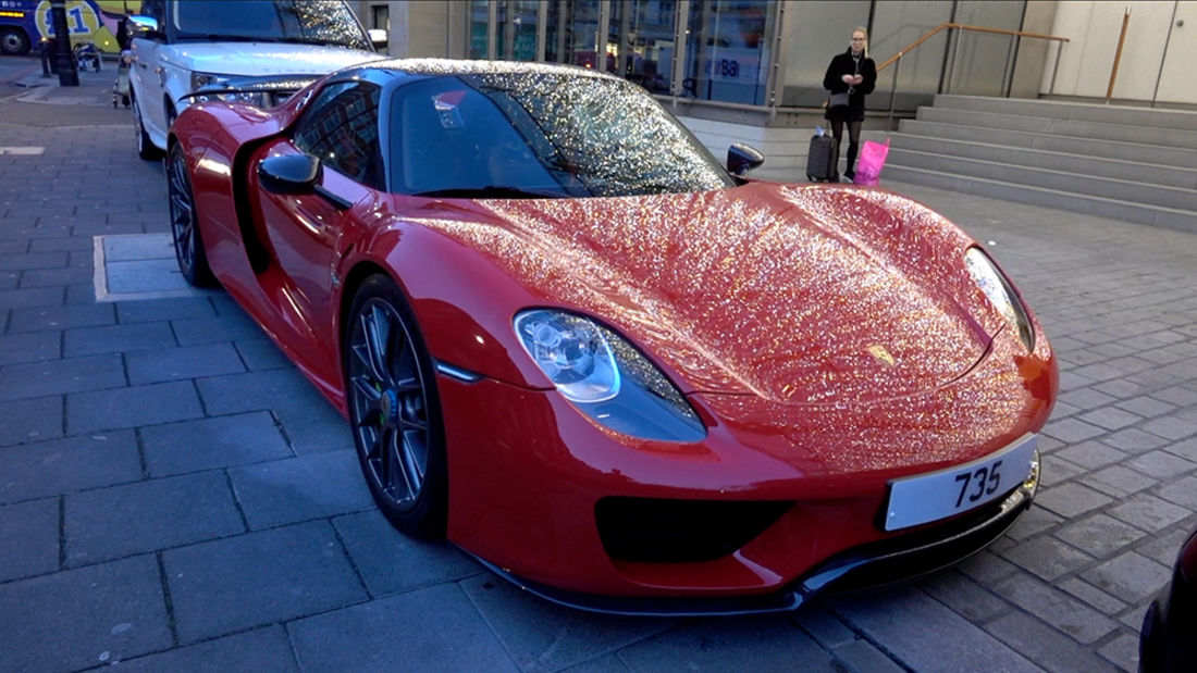 The Latest Supercars in London!!
