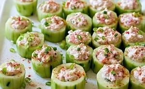 Cucumber cups stuffed with crab