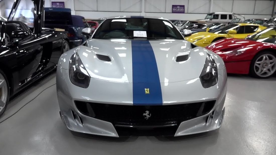 UNBELIEVABLE collection of hypercars, supercars and classics in London