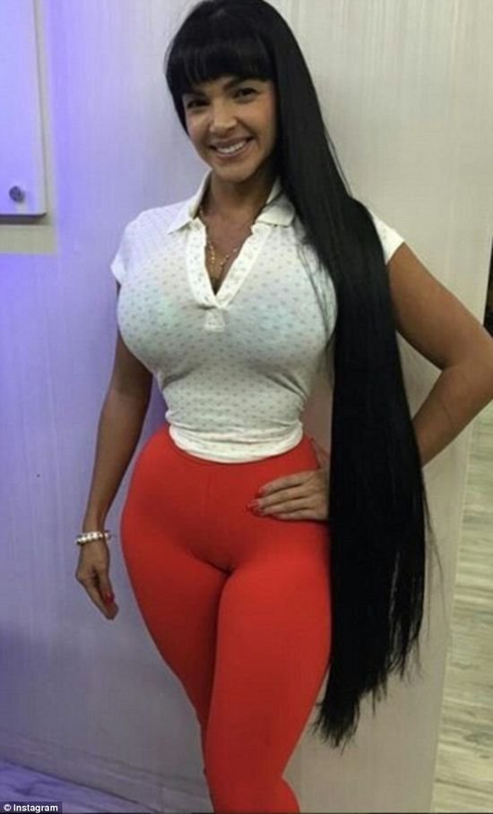 Aleira Avendano woman has 29 surgeries and ribs removed for perfect figure aleira