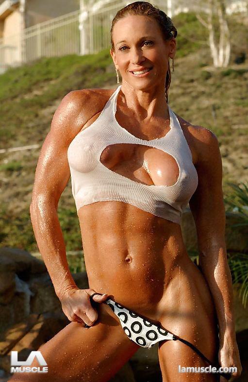 Top ten hottest girls topless