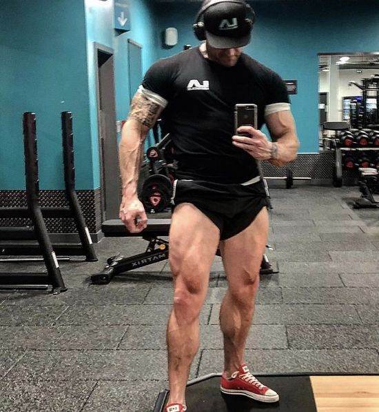 Bodybuilder Dave Leather