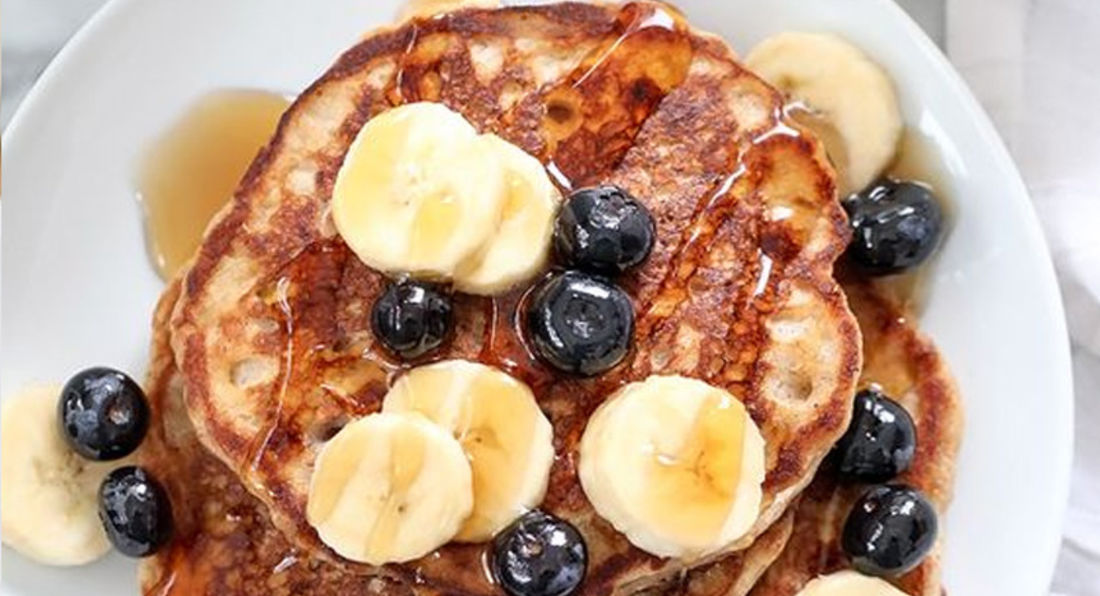 Sensational LA Whey, Banana, Blueberry, and Oatmeal Pancakes