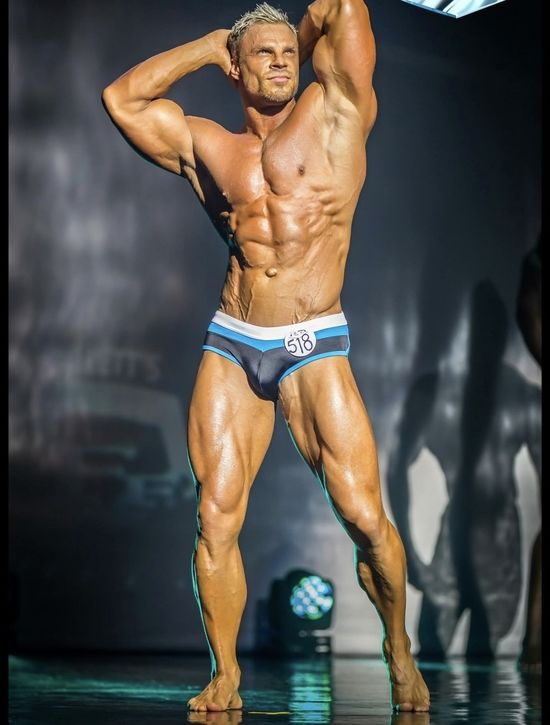 WBFF Pro Neil Anderson