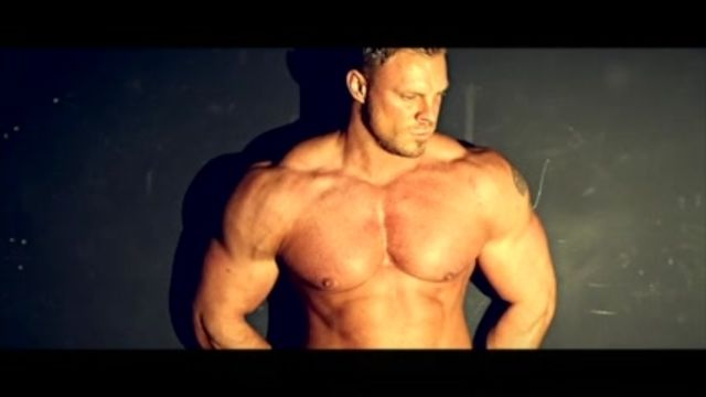 WBFF Pro Muscle Model Neil Anderson discusses building the best physique