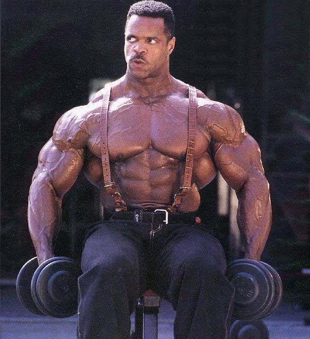 Freaky size: Paul Dillet