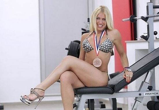 Maja Pavlovic, Serbia Politician, bodybuilder