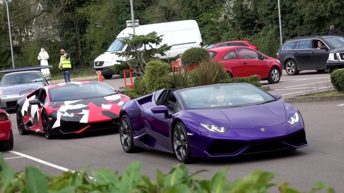 Sharnbrook Supercar Sunday 2017 ALL the SUPERCARS in one place