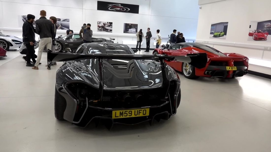 The DEFINITIVE video of Cars and Coffee London at Topaz 2017