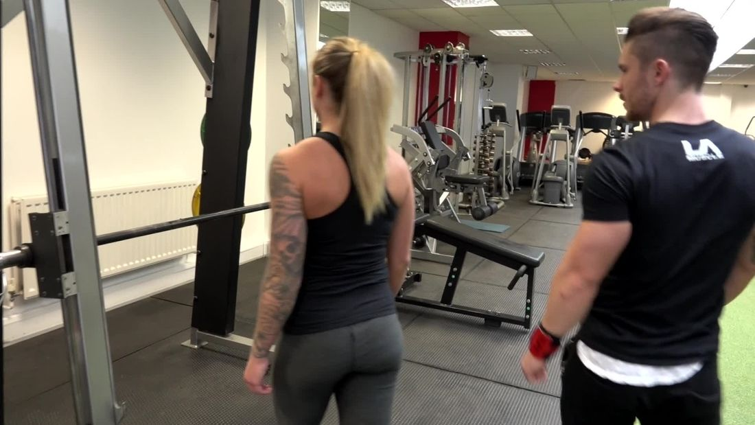 FLIRTY PT makes fitness girl uncomfortable during HOT session